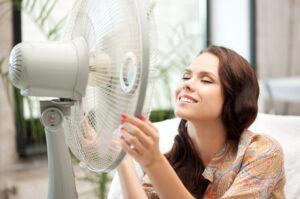 Как пережить жару в квартире без кондиционера?